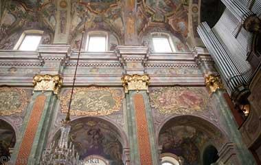 Ściana boczna prezbiterium