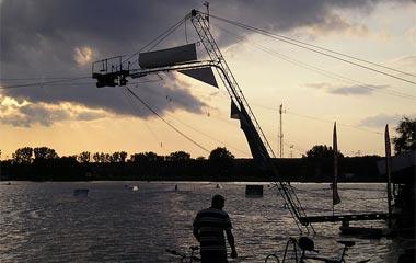 Wyciąg nart wodnych nad Zalew Zemborzycki w Lublinie